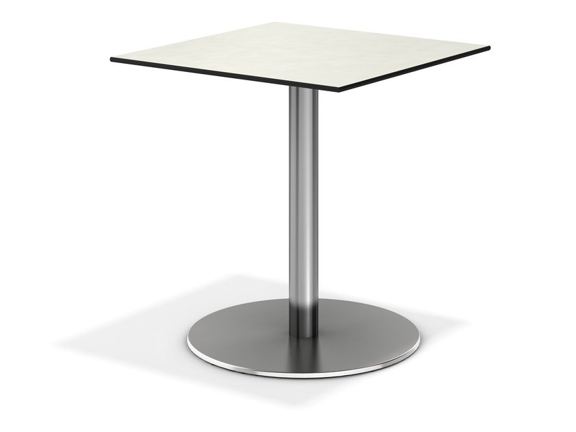 Square contract table CENTRE | Square table by Casala