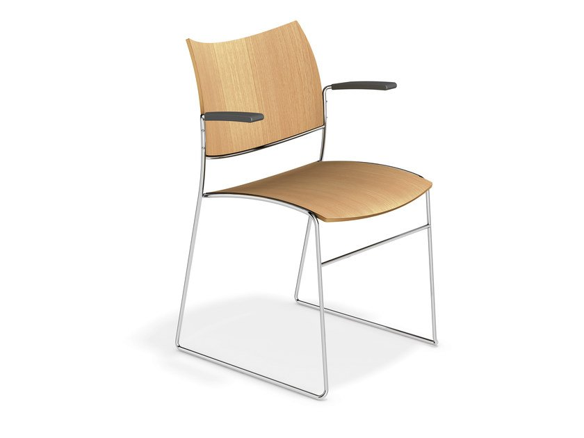 Wooden chair with armrests CURVY | Chair with armrests - Casala