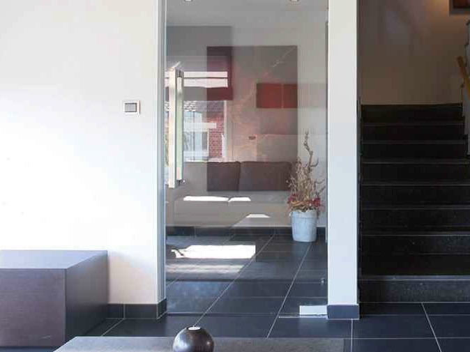 Customised glass doors SECURIT DOORS - Glassolutions