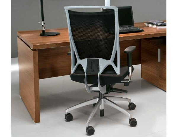 Executive chair with 5-spoke base with casters ODEON | Executive chair - Castellani.it