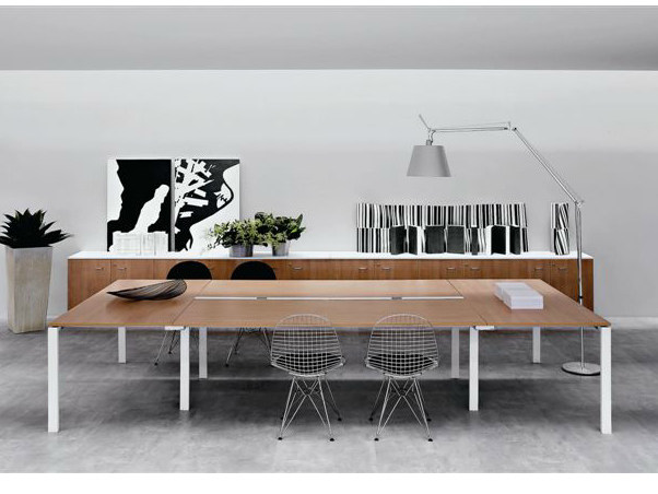 Rectangular wooden meeting table VISTA | Meeting table - Castellani.it