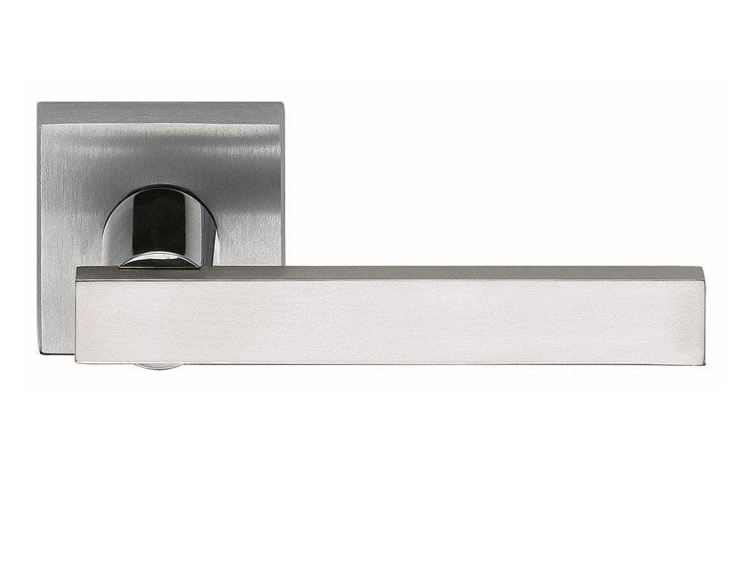 Zamak door handle on rose satin chrome KALÈ | Door handle - Frascio