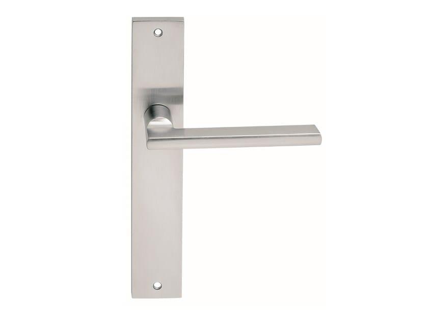 Zamak door handle on back plate METRO | Door handle on back plate - Frascio