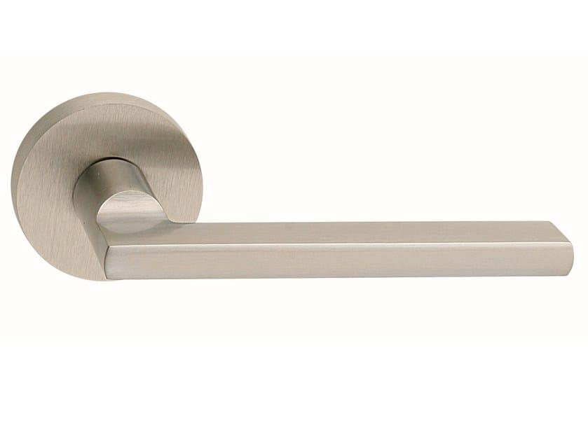 Zamak door handle on rose METRO ROUND | Door handle - Frascio