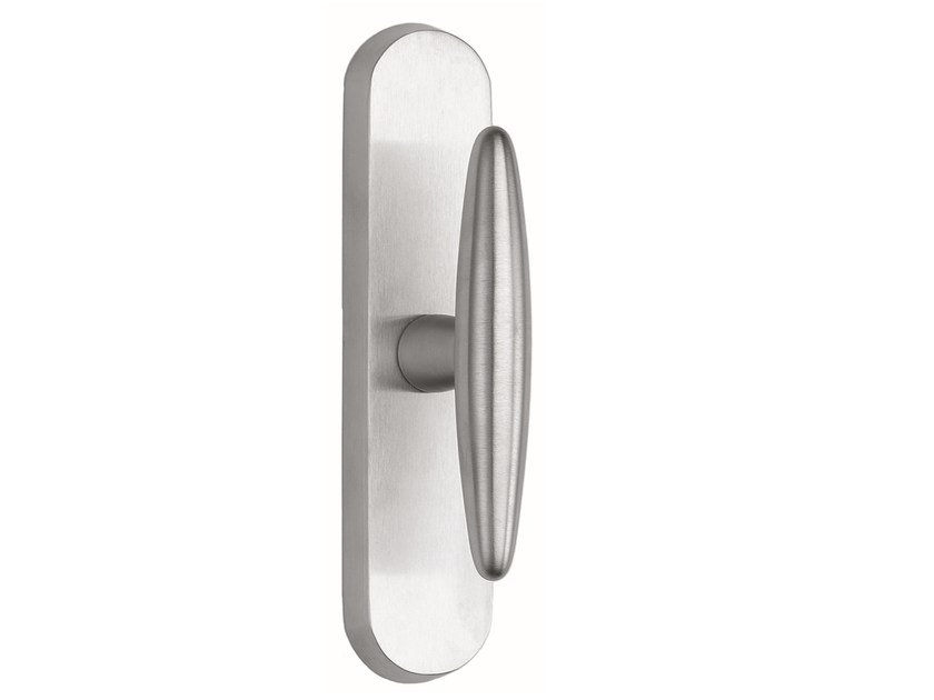 Zamak window handle on back plate NICOLE | Window handle on back plate by Frascio