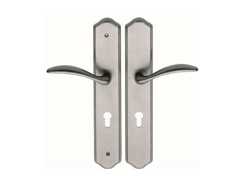 Brass door handle on back plate 300 LE by Frascio