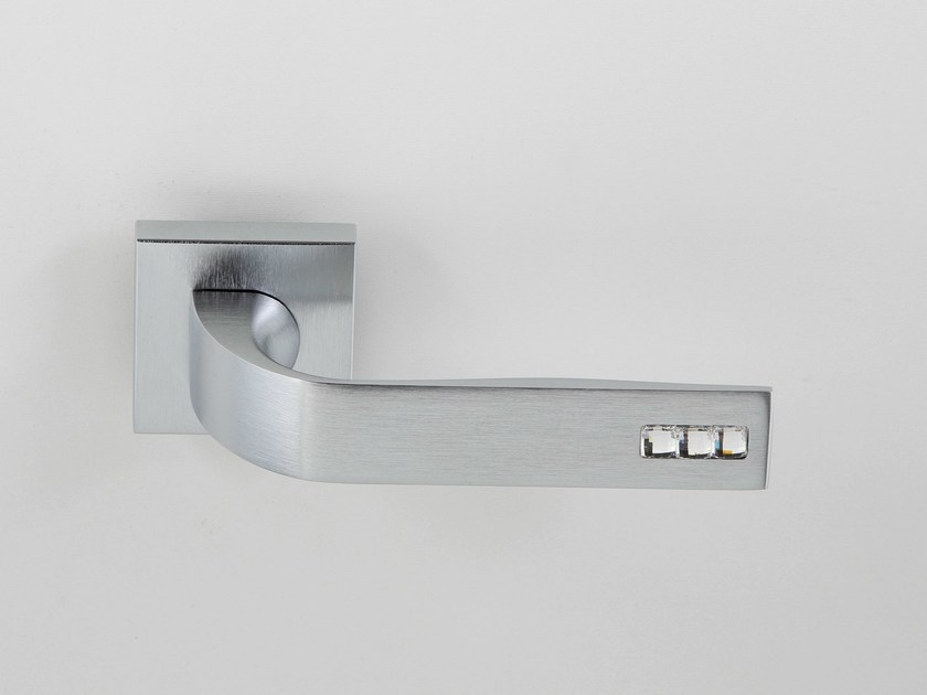 Door handle on rose satin chrome JOUR | Door handle - Frascio