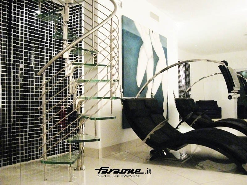 Glass and Stainless Steel Spiral staircase ANIMA | Glass and Stainless Steel Spiral staircase - FARAONE