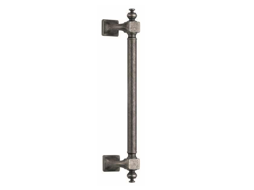 Brass pull handle ATTILA by Frascio