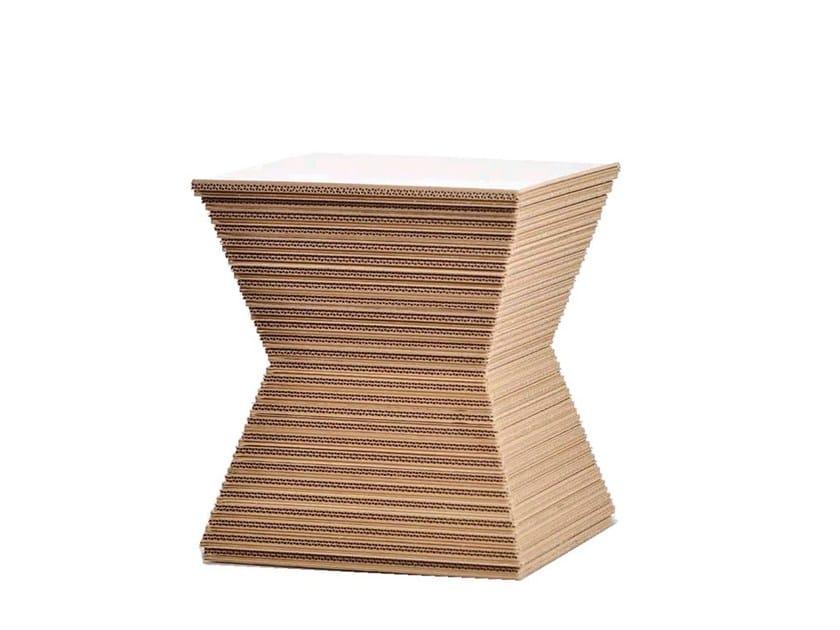 Kraft paper stool PEPPER - Staygreen