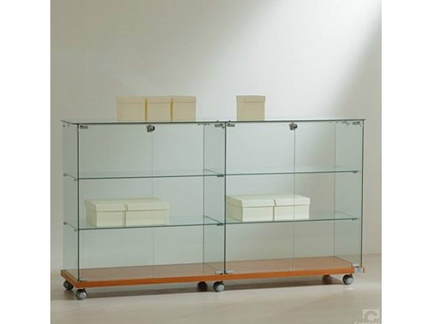 Retail display case with casters VE16090 | Retail display case by Castellani.it