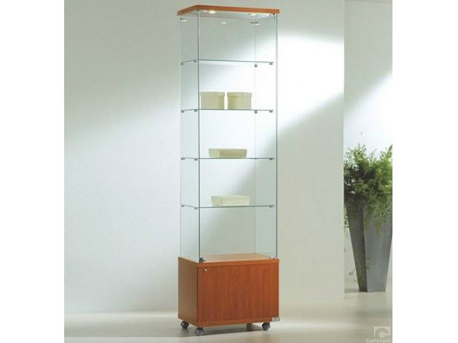 Retail display case with integrated lighting with casters VE60220FM | Retail display case - Castellani.it