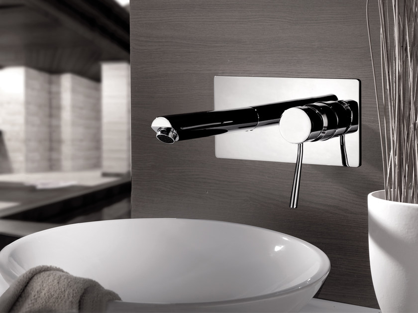 Wall-mounted washbasin mixer with plate MINIMAL | Wall-mounted washbasin mixer - Remer Rubinetterie