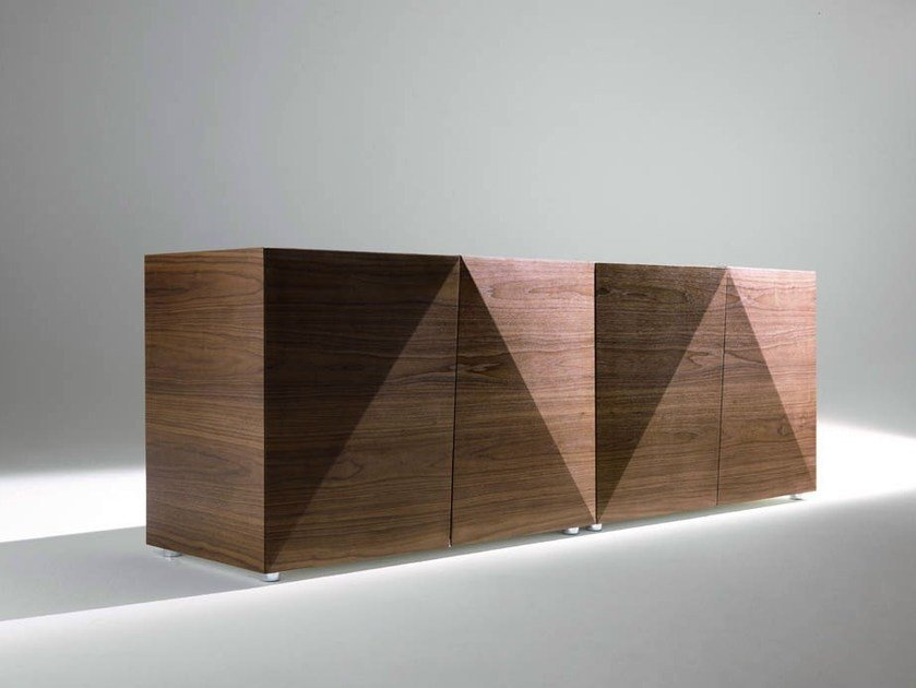 Walnut sideboard NOT RIDDLED by horm