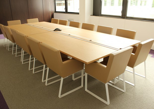 Rectangular wooden meeting table SÉVERIN | Meeting table by Alex de Rouvray