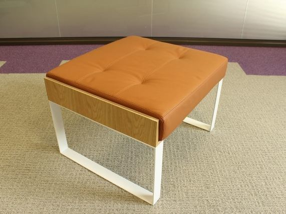 Sled base leather footstool SÉVERIN | Sled base footstool by Alex de Rouvray
