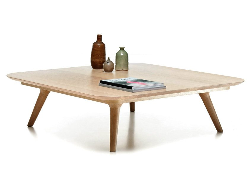 Square oak coffee table ZIO COFFEE TABLE | Square coffee table by moooi