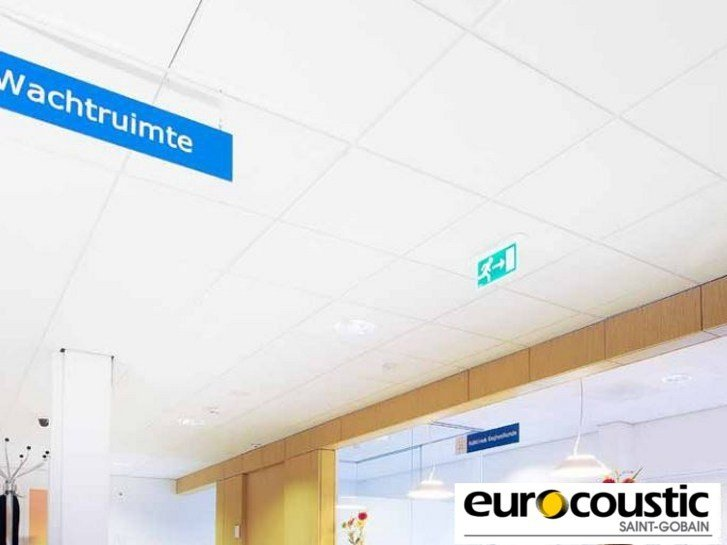 Rock wool ceiling tiles for healthcare facilities CLINI'CARE - Saint-Gobain Gyproc