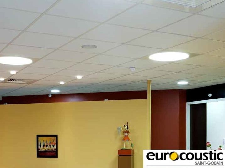 Sound absorbing rock wool ceiling tiles MINERVAL® - Saint-Gobain Gyproc
