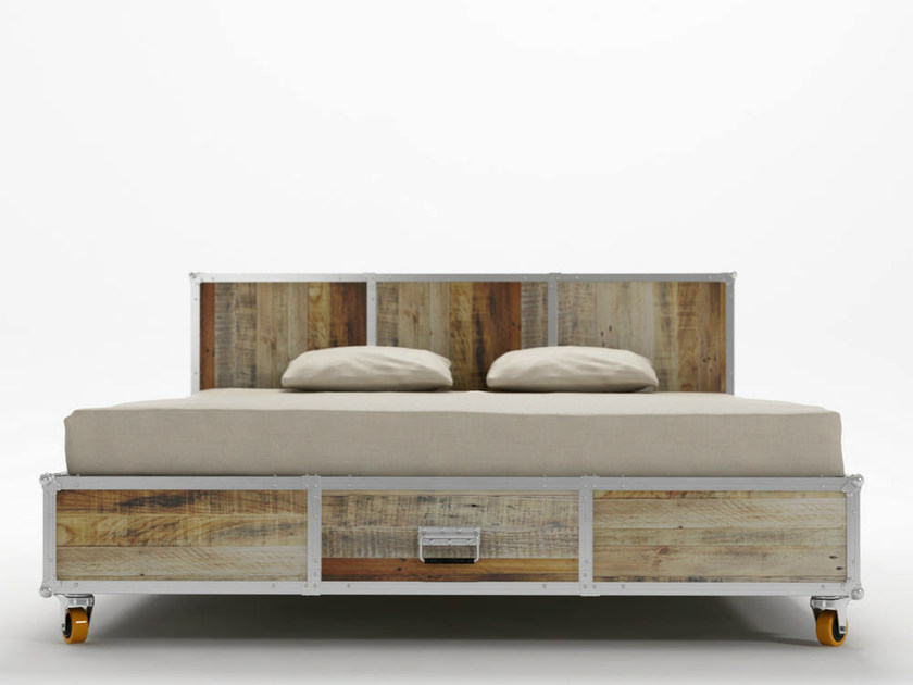 Letto king size in legno con ruote roadie letto king for Cama queen size or king size