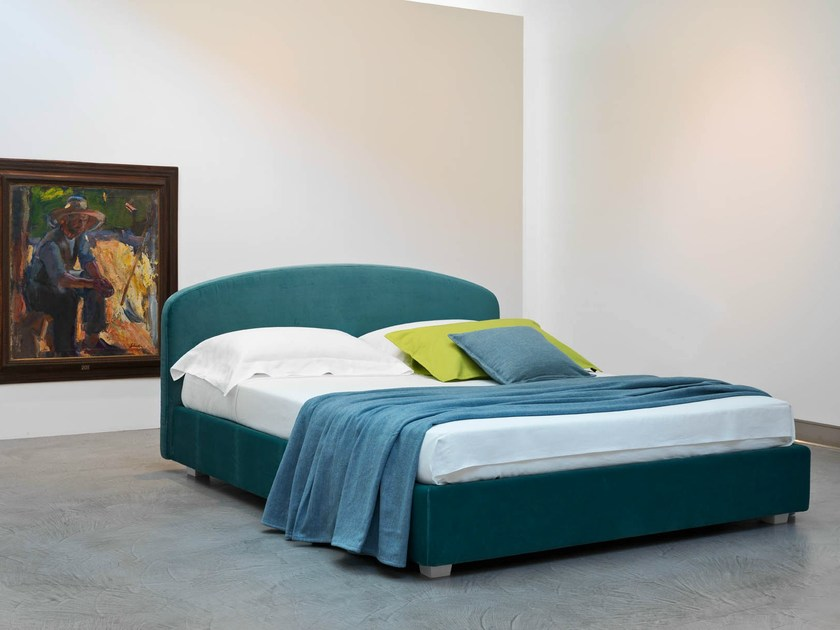 Double bed with removable cover LINOSA - Orizzonti Italia