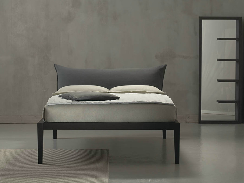 Double bed with upholstered headboard MOHELI ALTO - Orizzonti Italia