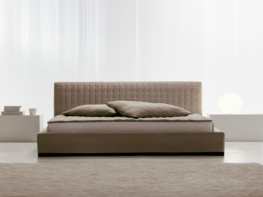 Double bed with tufted headboard SIMILANDUE | Bed with tufted headboard - Orizzonti Italia