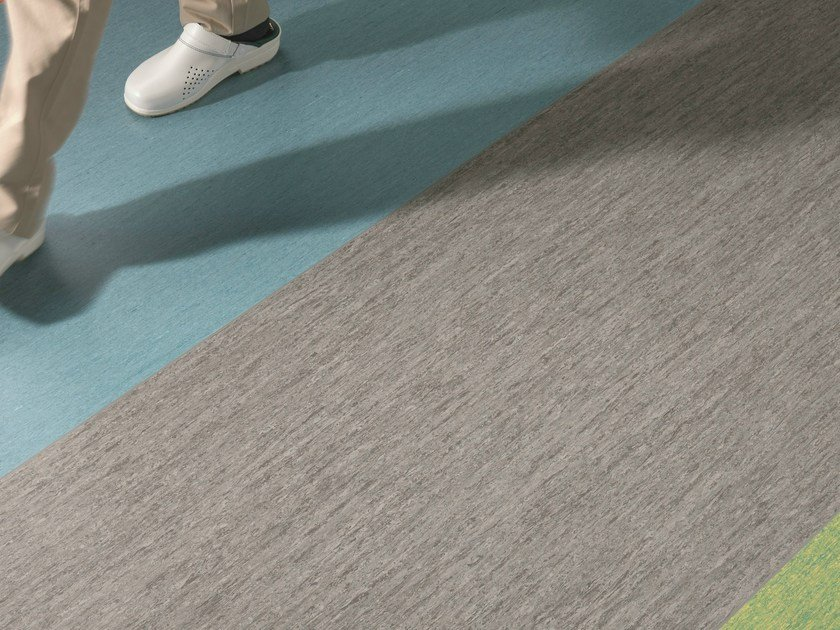 Resilient vinyl flooring iQ OPTIMA 1.5 - TARKETT
