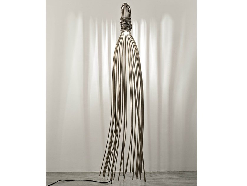 Halogen metal floor lamp HUGO - TERZANI