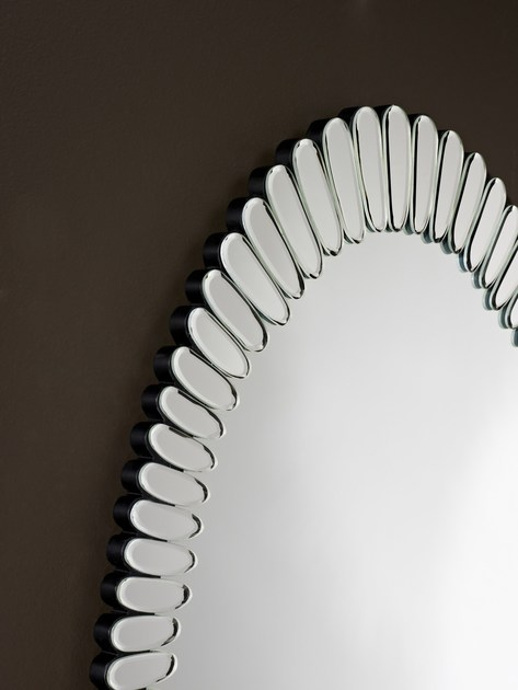 Classic style oval wall-mounted mirror BLOOM | Oval mirror - DEKNUDT MIRRORS
