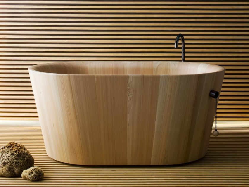 Freestanding oval wooden bathtub OFURO' - Rapsel
