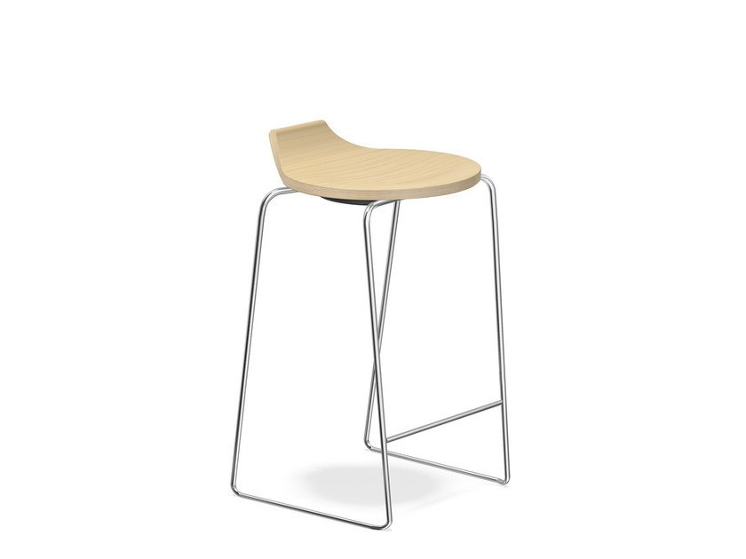 Low wooden stool RAVELLE I | Low stool - Casala