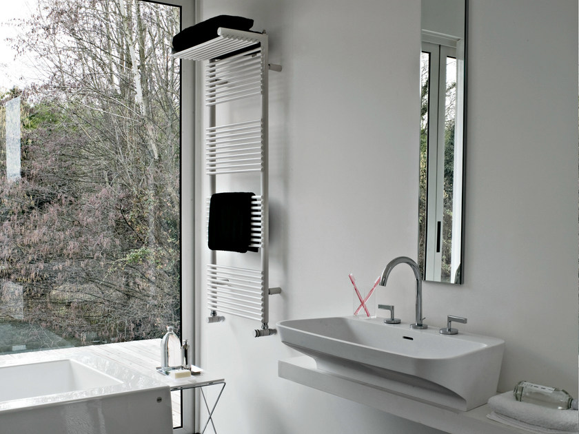 Vertical wall-mounted towel warmer HOTEL 14 - Tubes Radiatori