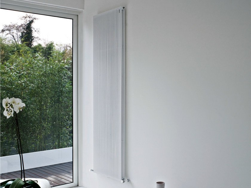 Hot-water wall-mounted decorative radiator BASICS 14D by Tubes Radiatori