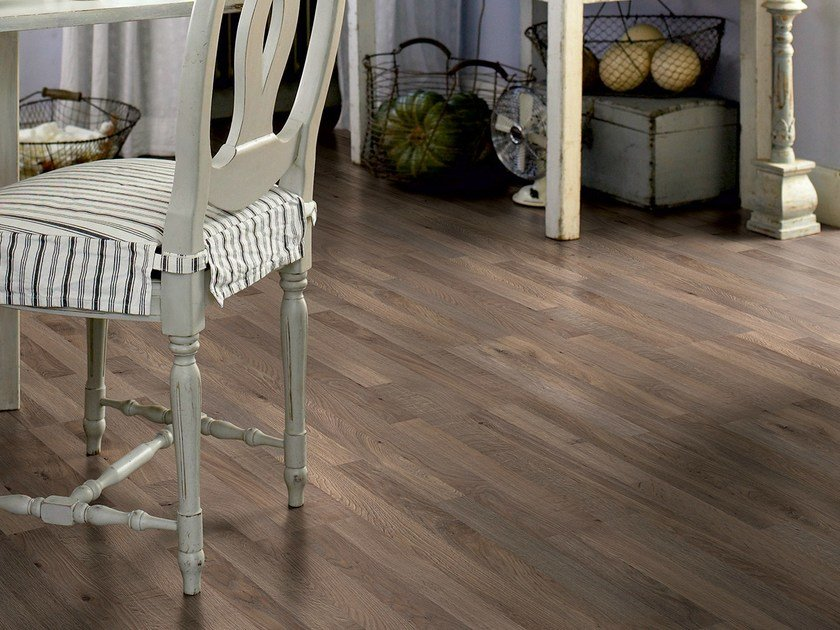 Laminate flooring DARK WILD OAK 3-STRIP - Pergo