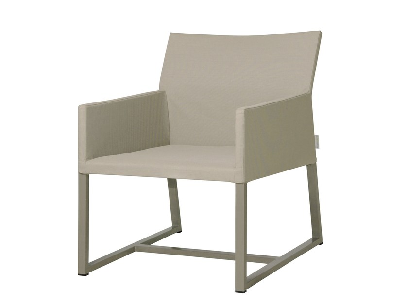Sled base garden armchair with armrests MONO | Sled base easy chair - MAMAGREEN