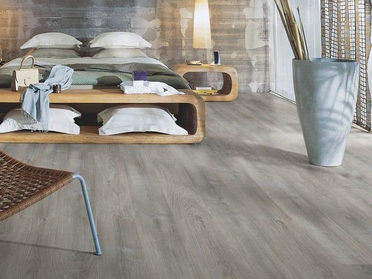 Laminate flooring with wood effect CHALKED GREY OAK - Pergo