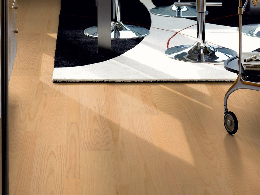 Laminate flooring with wood effect BEECH  3-STRIP by Pergo