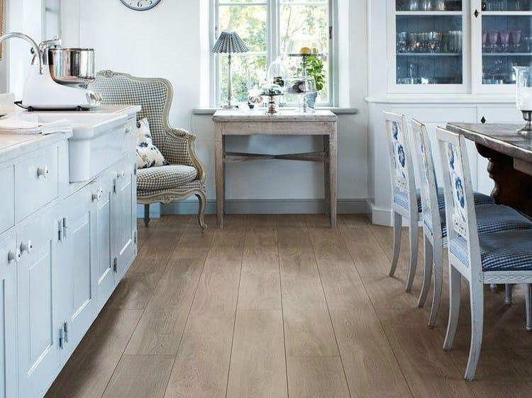 Laminate flooring with wood effect BURNT OAK - Pergo