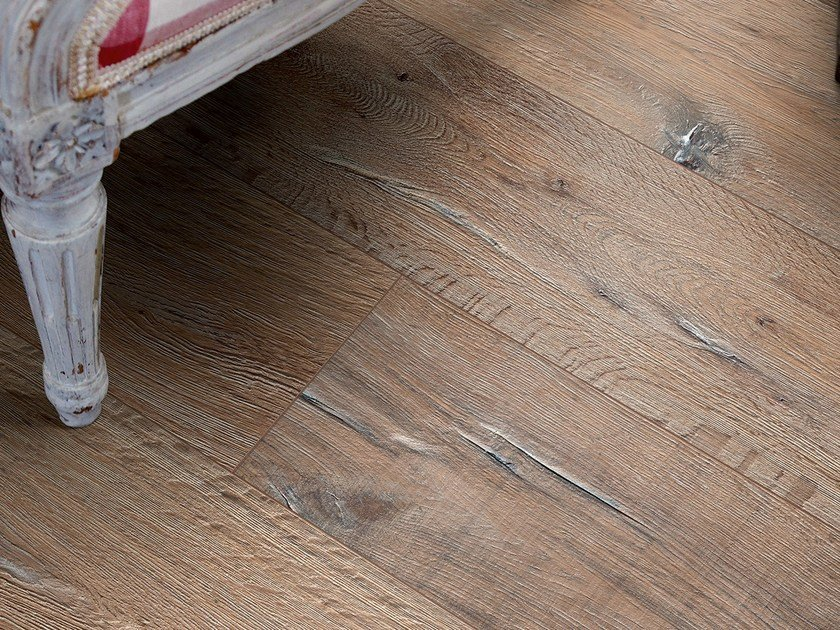 Laminate flooring with wood effect RECLAIMED BROWN OAK by Pergo