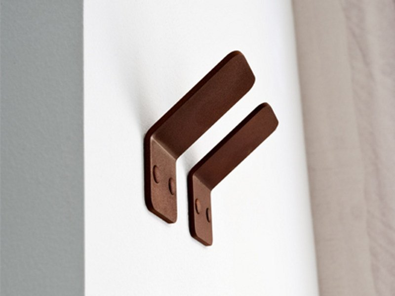 Corten™ robe hook PIEGA | Robe hook - Edoné by Agorà Group