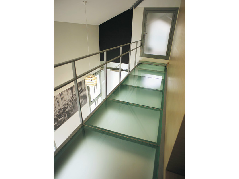 Non-slip glass flooring DECORFLOU® ANTISCIVOLO - OmniDecor®