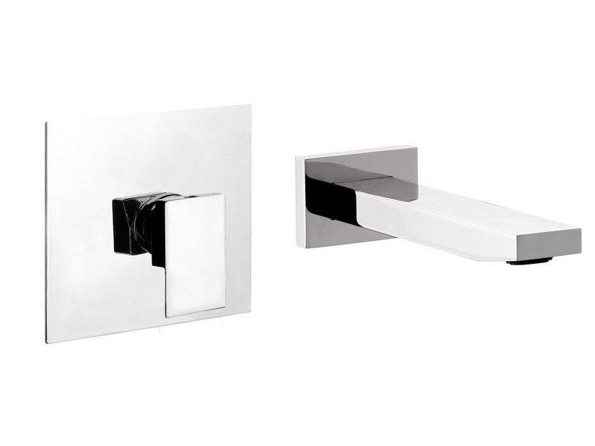 Contemporary style wall-mounted chrome-plated metal washbasin mixer with plate SKYLINE | Washbasin mixer - Daniel Rubinetterie