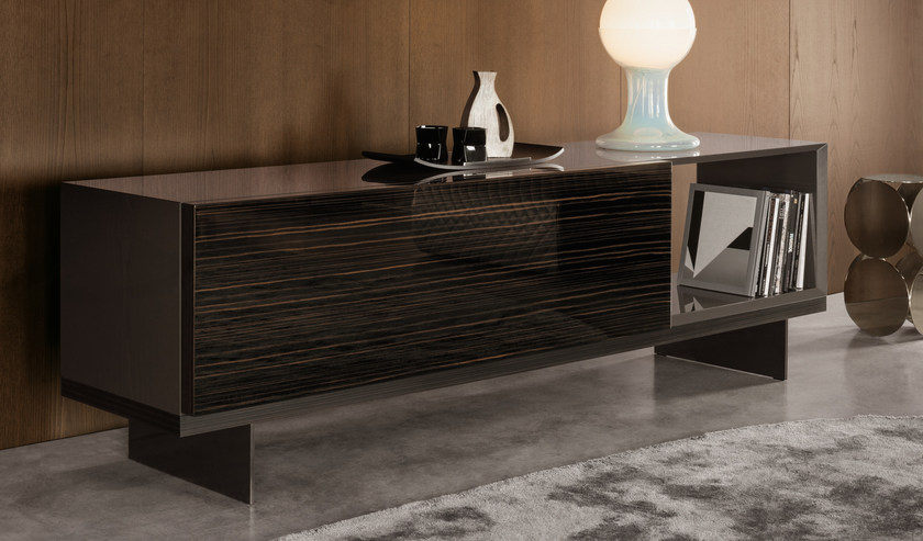 lang by minotti. Black Bedroom Furniture Sets. Home Design Ideas