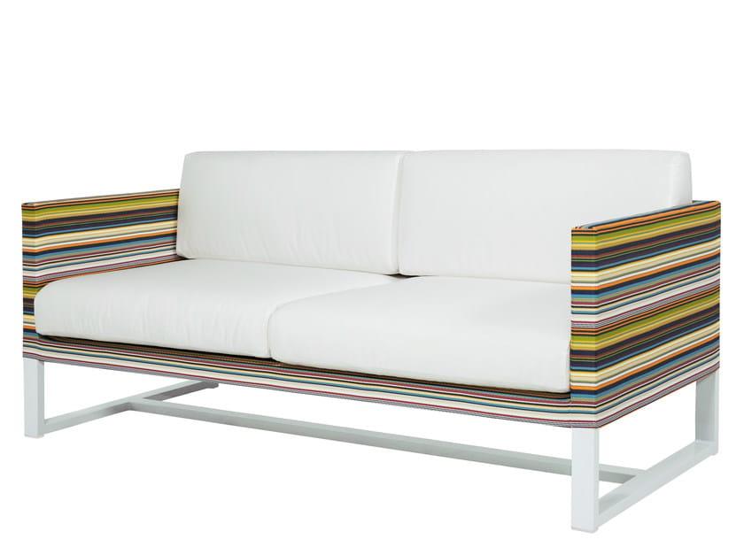 2 seater Sunbrella® sofa STRIPE Sofa 2-Seater by MAMAGREEN