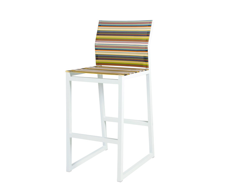 Sled base aluminium counter stool with footrest STRIPE | Counter stool - MAMAGREEN
