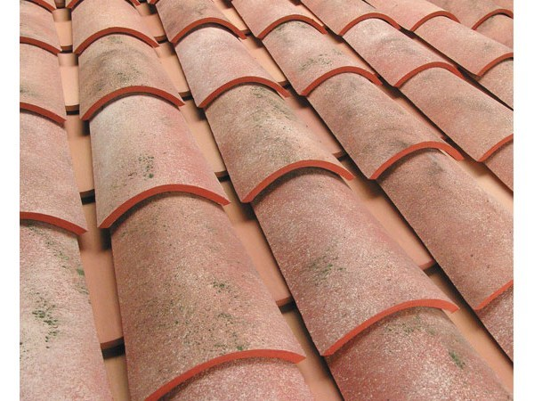 Clay bent roof tile COPPO GALLURA ANTICATO - Gruppo Industriale Tegolaia