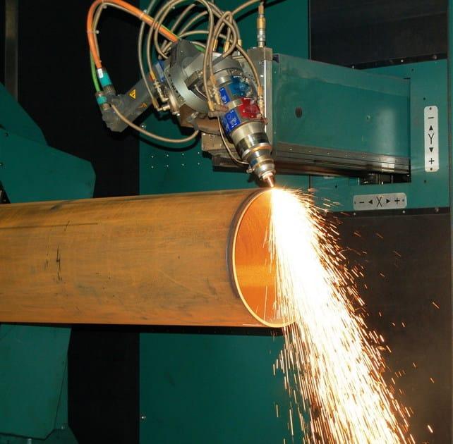 Fachwerkkonstruktion aus metall laserschneiden von rohren for Fachwerkkonstruktion stahl