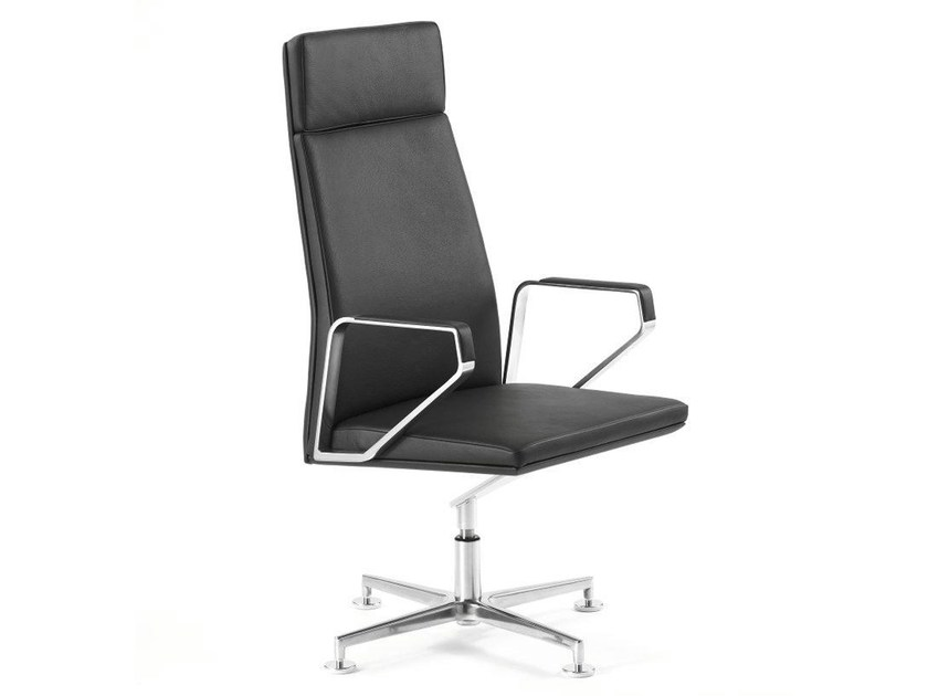 Executive chair with armrests .PILOT P2001 - Spiegels