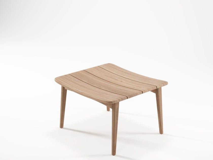 Low teak stool GRASSHOPPER | Stool by KARPENTER